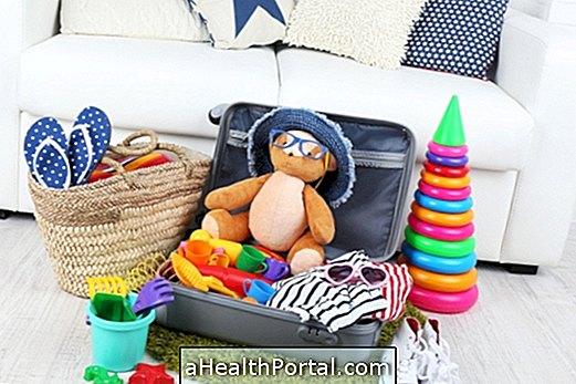 Que prendre pour voyager avec bébé