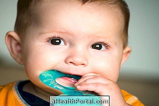 Causes and How to Relieve Swollen Gums in Baby